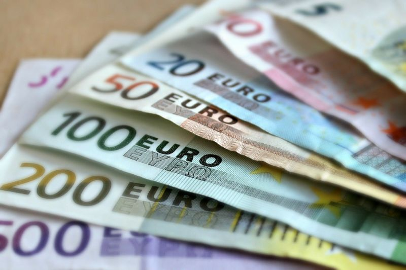Money, banks and ATMs in Switzerland
